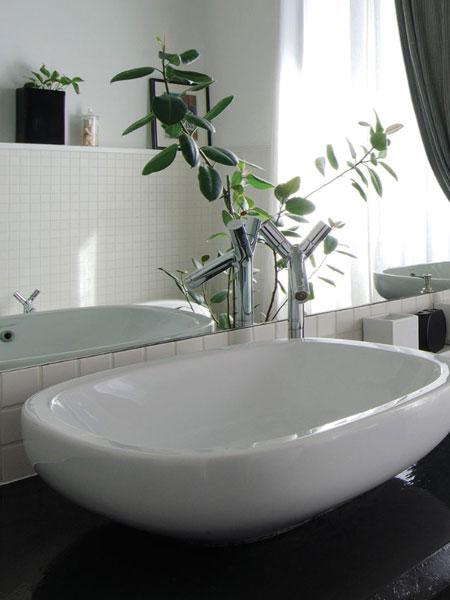 Posa-resina-su-piastrelle-bagno-esistenti-Reggio-emilia
